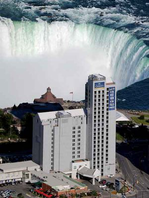 Niagara Falls Boutique Hotel With The